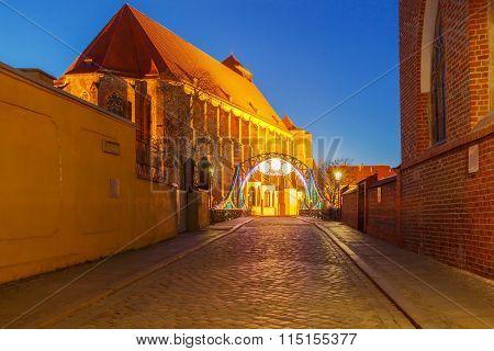Wroclaw. Tumski Bridge at night.