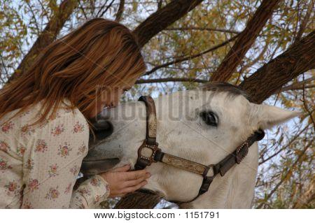 Mädchen und ihr Pferd