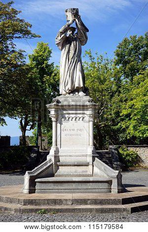 Statue De G. Farel