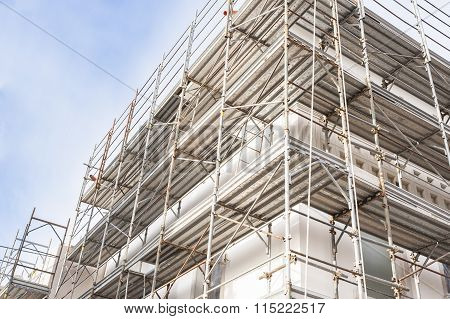 House And Scaffold