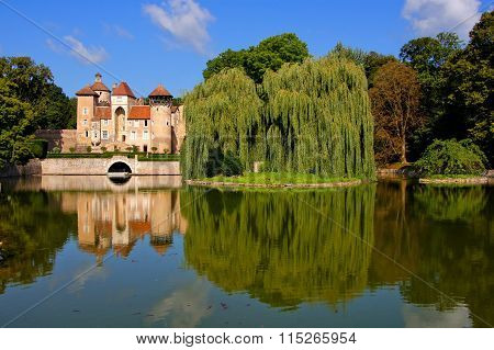 French lakeside castle with eflections, Burgundy