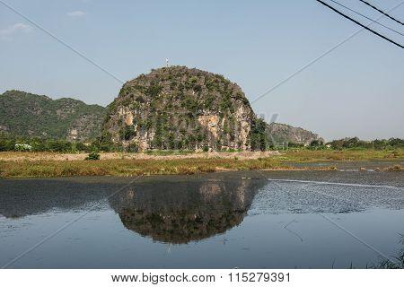 Mountainscape in Hoa Lu