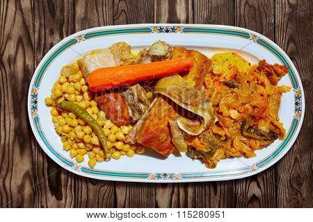 Cocido Maragato recipe of Biezo Leon in Spain pilgrims delice in Saint James Way
