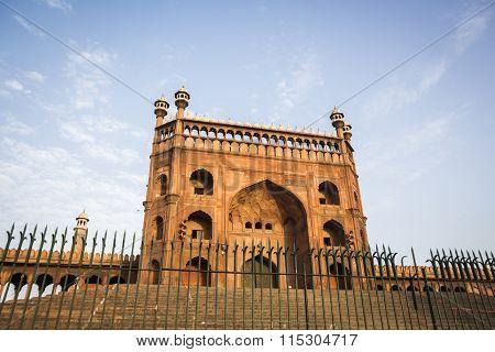 Look Through Jama Masjid