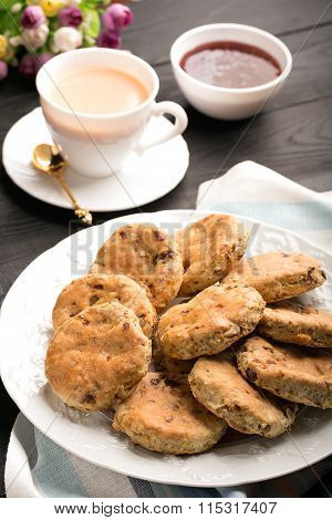 Baked English Biscuits