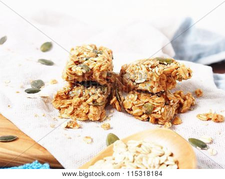 Cereal energy bars