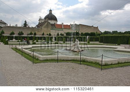 Fountain of Belvedere palace