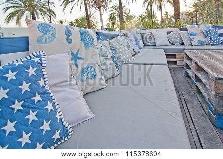 Cozy Nautical Style Sofa Outdoors