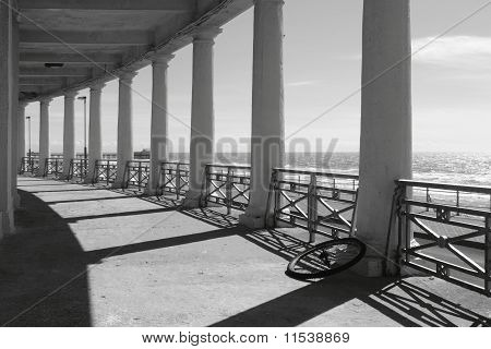 Blackpool Middle Walk Colonnade