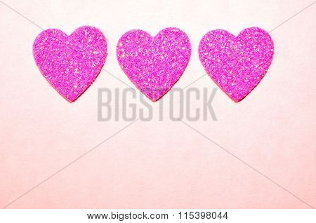 Sparkling pink hearts