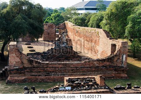 Grand hall, main pagoda of King Borommarachathirat II of the Ayutthaya Kingdom at Ratburana Temple