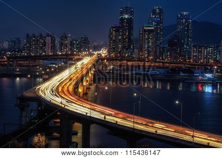 Rush Hour Traffic Over Cheongdam Bridge