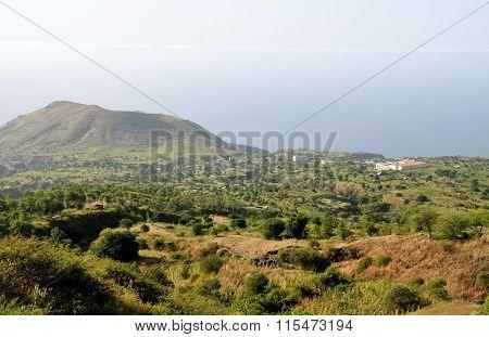 Ponta Verde Below