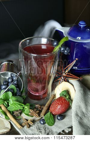 Hot tea cocktail