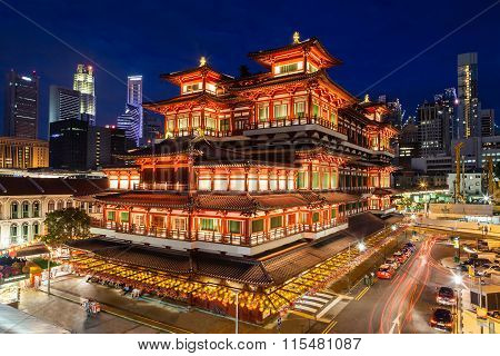 Buddha Tooth Relic Temple in Singapore Chinatown