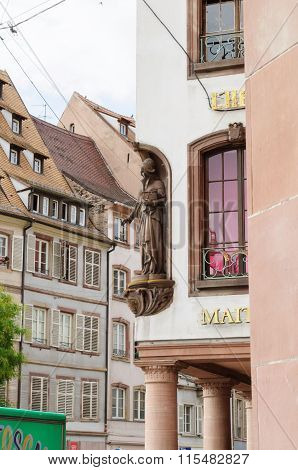 Alsatian Women Statue On The Building Facade