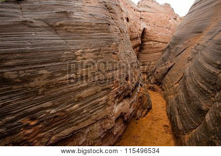 Wave rock valley in China