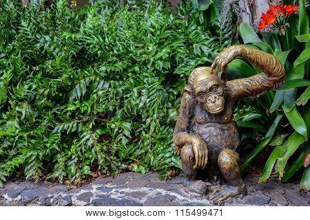 Statue of Chimpanzee