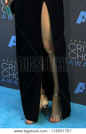 LOS ANGELES - JAN 17:  Liv Tyler at the 21st Annual Critics Choice Awards at the Barker Hanger on January 17, 2016 in Santa Monica, CA