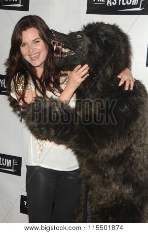 LOS ANGELES - JAN 18:  Heather Tom at the Little Dead Rotting Hood Premiere at the Laemmle NoHo 7 on January 18, 2016 in North Hollywood, CA