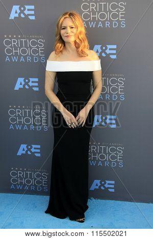 LOS ANGELES - JAN 17:  Jennifer Jason Leigh at the 21st Annual Critics Choice Awards at the Barker Hanger on January 17, 2016 in Santa Monica, CA
