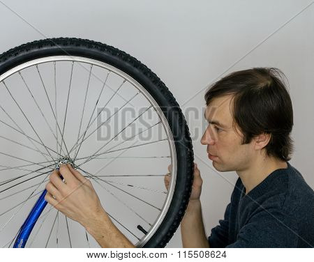 Bicycle Wheel Repearing