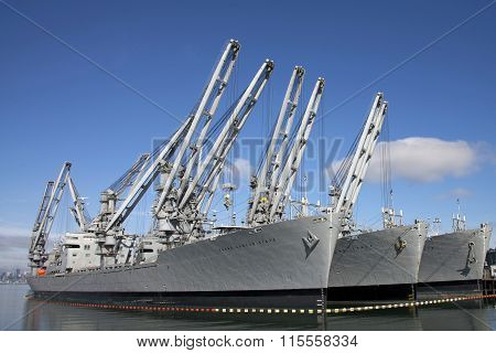 Grand Canyon State, Gem State and Keystone State military crane ships