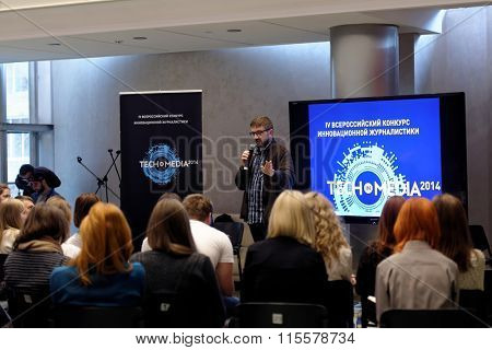NOVOSIBIRSK, RUSSIA - OCTOBER 5, 2014: Master class in innovative journalism for prospective journalists during the 4th Russian Science Festival. The event aimed to popularization of science