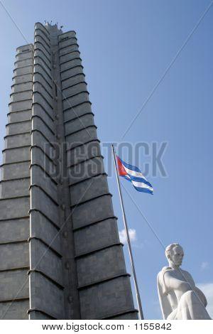 Cuba- Marti Statue