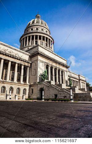 Havana, Cuba - Famous National Capitol (Capitolio Nacional) building.