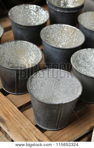 Many small buckets
