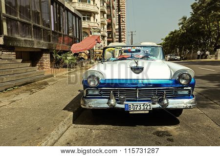 CUBA, HAVANA-JUNE 27, 2015: Classic american car on a street in Havana.