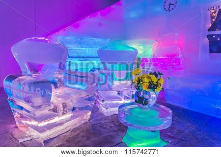 Home Design And Room Decor With Made Furniture From Ice
