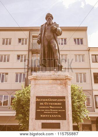 Gutenberg Monument Vintage