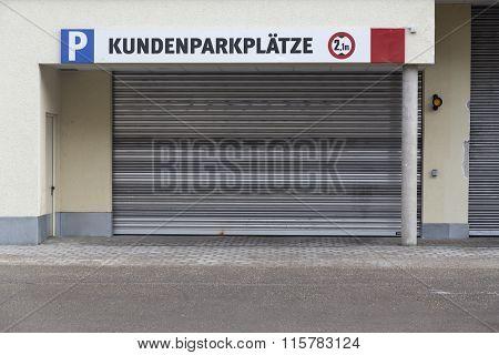 A garage port