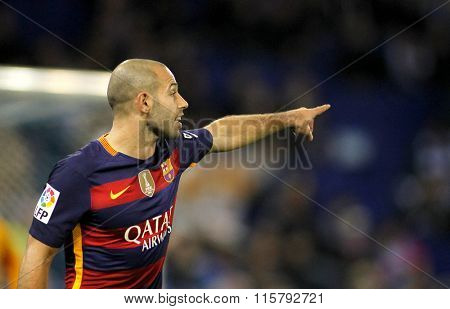 BARCELONA - JAN, 13: Javier Mascherano of FC Barcelona during a Spanish Kings Cup match against RCD Espanyol at the Power8 stadium on January 13, 2016 in Barcelona, Spain