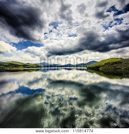 Rianos' lake