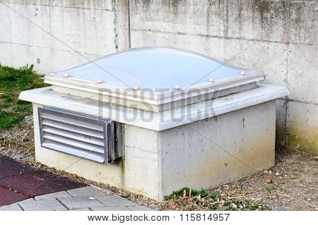 External Ventilation And Lighting Unit Of An Underground Garage