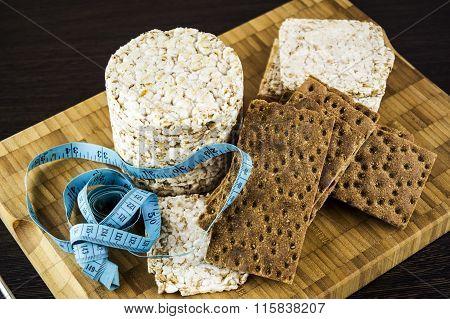 crispbread and ruler