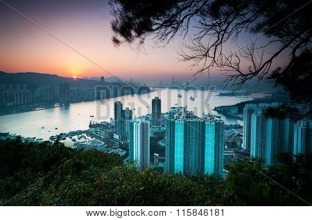 Sunset over Hong Kong Island as seen from Devil's Peak, Kowloon