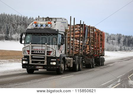 Iveco Trakker 500 Logging Truck Hauls Timber