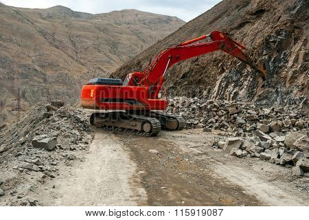 Excavator With Hydraulic Hammer