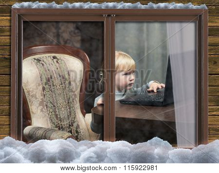 A child plays on the computer
