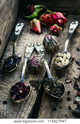 Scattered Tea Leaves
