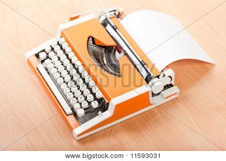 Typescript Typing Typewriter
