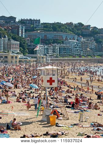 Red Cross Lifeguard Station In Concha Beach. San Sebastian, Spain.