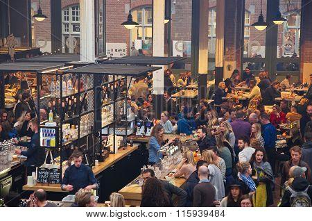 Bar At The Food Hallen