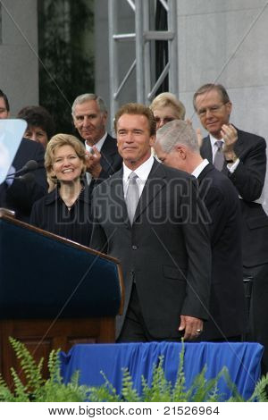 SACRAMENTO - NOV 17: Arnold Schwarzenegger at the Governor Swearing In Ceremony at the Capitol in Sacramento, California on November 17, 2003