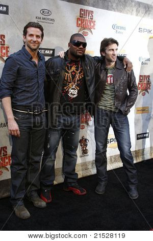 """LOS ANGELES - JUN 5: Bradley Cooper, Sharlto Copley, Quinton Jackson at the Spike TV's 4th Annual """"Guys Choice Awards"""" at Sony Studios in Culver City, Los Angeles, California on June 5, 2010"""
