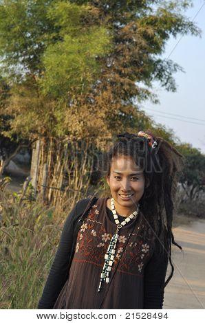 Mulheres Dreadlock Ásia bonito estilo de cabelo bonito